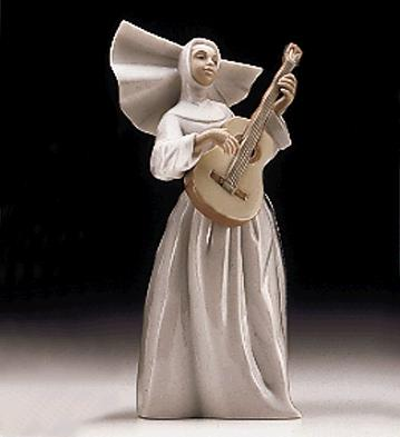 Sister With Guitar Lladro Figurine