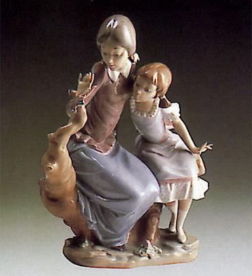 Sisters Lladro Figurine