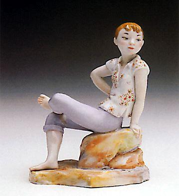 Sitting Girl Lladro Figurine