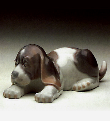 Sleepy Puppy Lladro Figurine