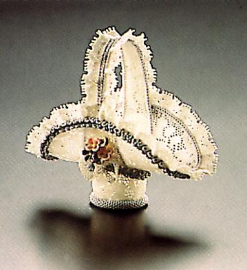 Small Basket With Pink La Lladro Figurine