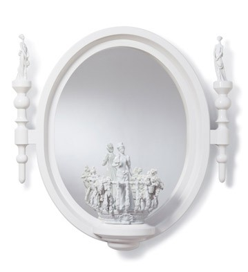 Small Oval Mirror (re-deco) Lladro Figurine