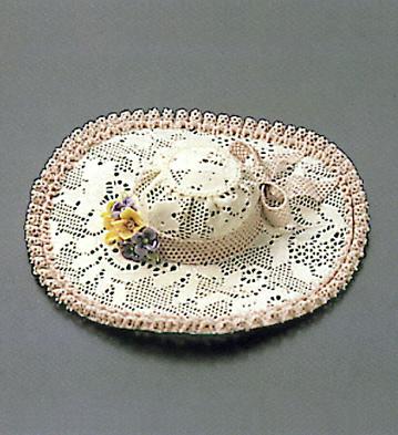 Small Pamela Hat (blue) Lladro Figurine