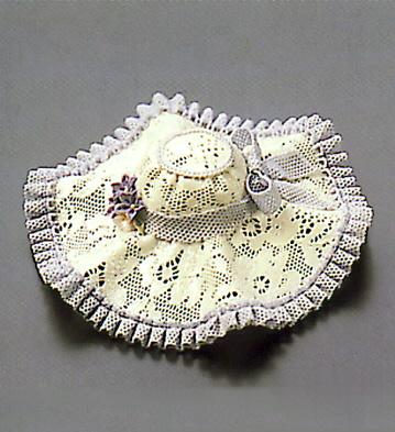 Small Pink Hat With Ridge Lladro Figurine