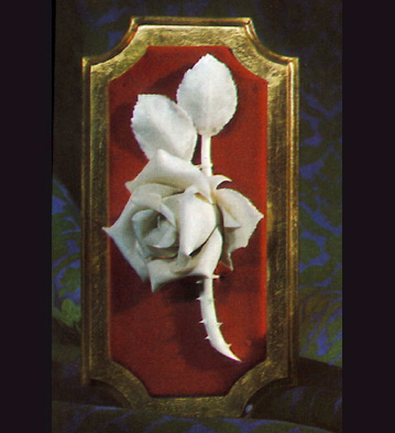 Small Rose On Socle Lladro Figurine
