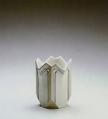 Sml. Lily Vase Lladro Figurine