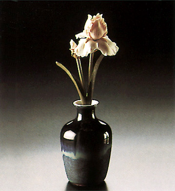 Sm.vase With Iris Lladro Figurine