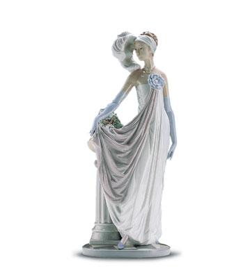 Socialite Of The 20's Lladro Figurine
