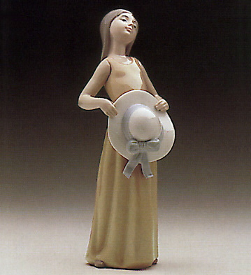 Static-girl With Straw Ha Lladro Figurine