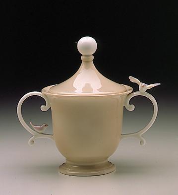 Sugar Bowl Lladro Figurine