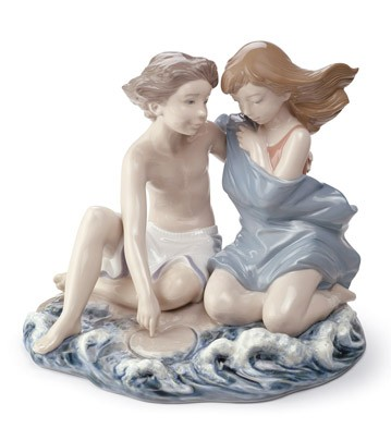 Summer Crush Lladro Figurine