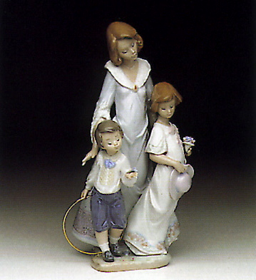 Sunday Best Lladro Figurine