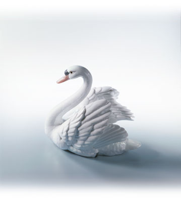 Swan With Wings Spread Lladro Figurine
