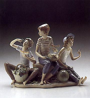 Sweet Harvest Lladro Figurine