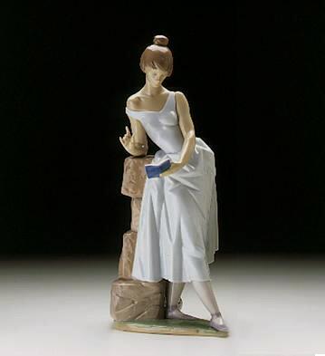 Sweet Verses Lladro Figurine