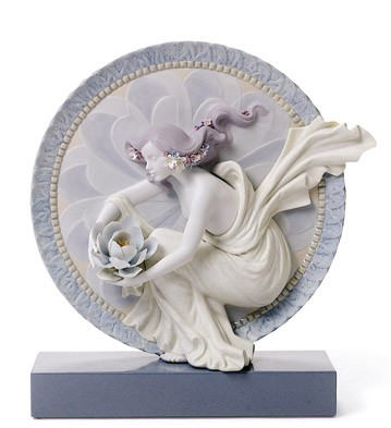 Sweet Water Flower (special Edition) Lladro Figurine