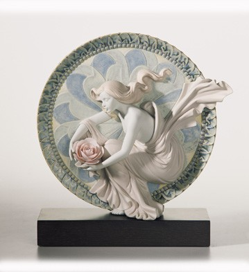 Sweet Water Flower Lladro Figurine