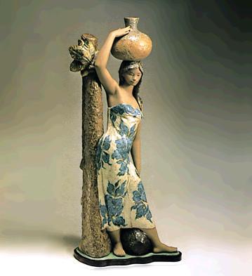 Tahitiana (l.e.) (b) Lladro Figurine