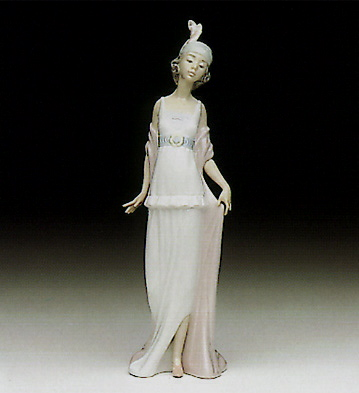Talk Of The Town Lladro Figurine