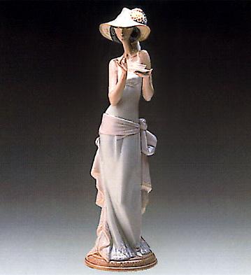 Tea Time Lladro Figurine