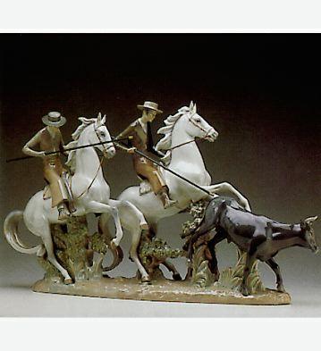 Tempting The Bull Lladro Figurine