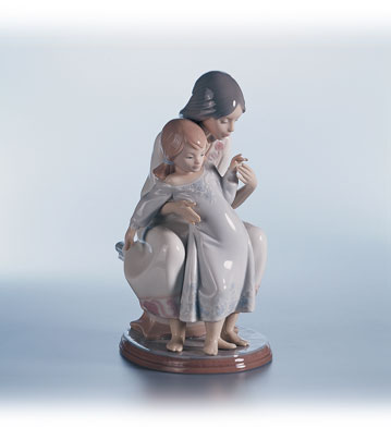 Tenderness Lladro Figurine