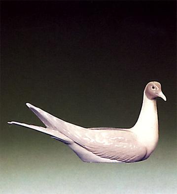 Tern Lladro Figurine