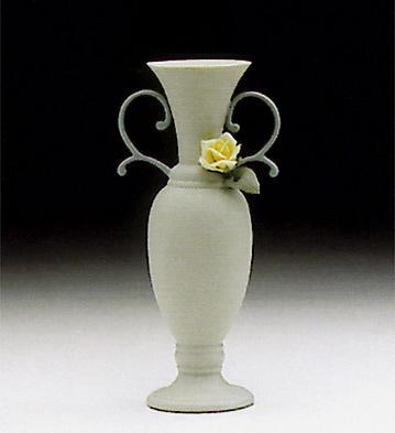 Teumosin Vase, Green Lladro Figurine
