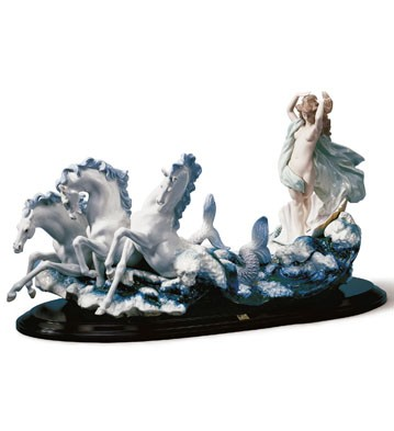 The Birth Of Venus Lladro Figurine