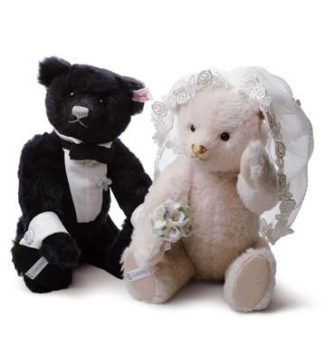The Happy Couple Lladro Figurine