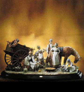 The Paella Lladro Figurine