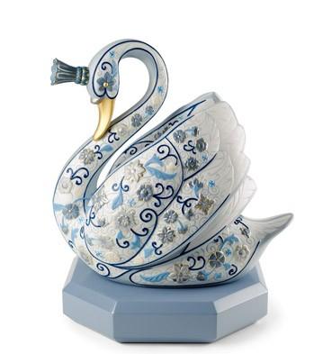 The Swan Princess (enamels) Lladro Figurine