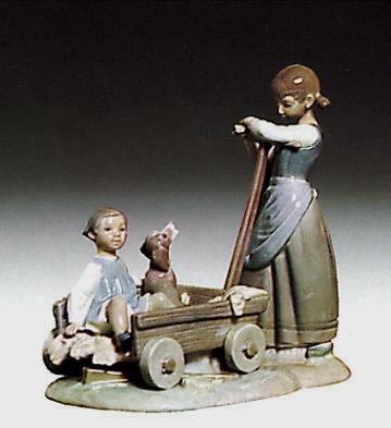 The Wheelbarrow Lladro Figurine