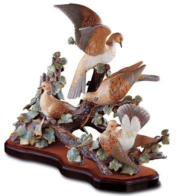 Turtle-dove Group (l.e.) Lladro Figurine