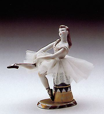 Tying The Slipper Lladro Figurine