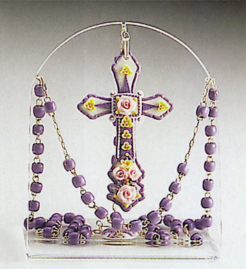 Violet Rosary Lladro Figurine