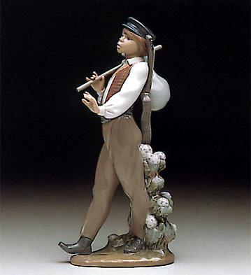 Wandering Minstrel Lladro Figurine