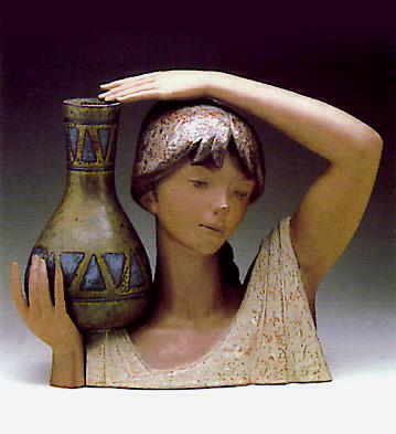 Water Carrier Girl (bust) Lladro Figurine