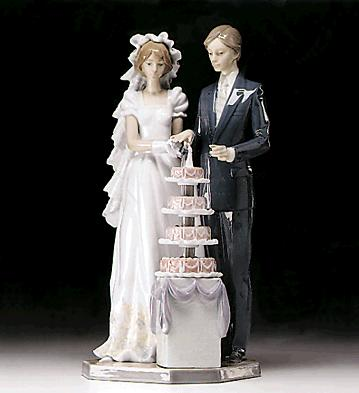 Wedding Cake Lladro Figurine