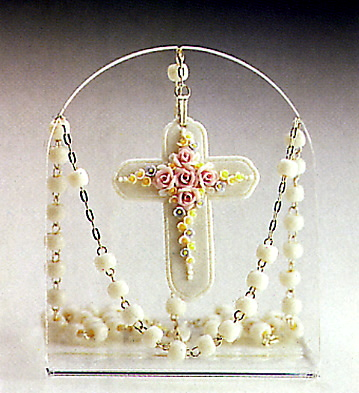 White Rosary(b) Lladro Figurine