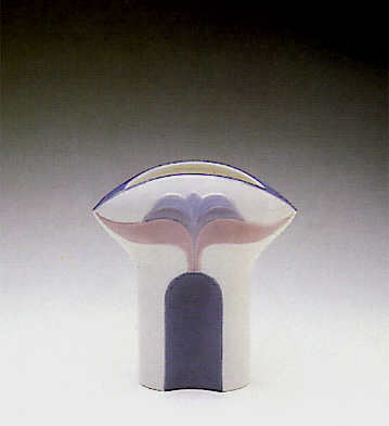 Wide Tulip Vase Lladro Figurine