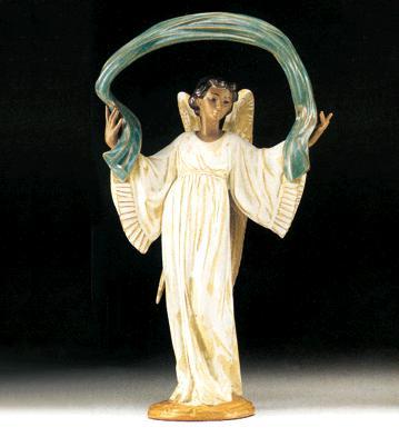 Winged Harmony Lladro Figurine