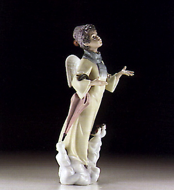Winter Angel Lladro Figurine