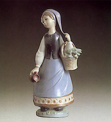 Woman With Scarf Lladro Figurine