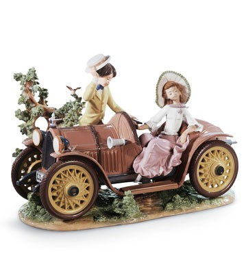 Young Couple With Car Lladro Figurine