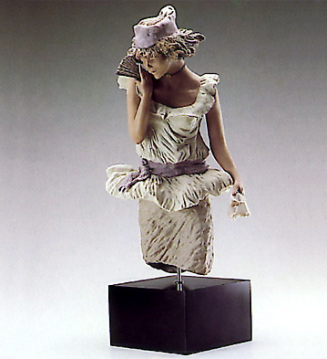 Young Lady With Fan (b) Lladro Figurine