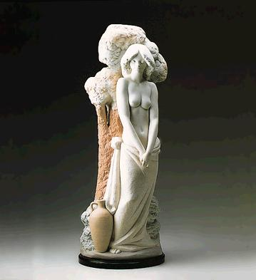 Youthful Beauty (l.e.) (b Lladro Figurine