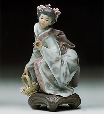 Yuki Lladro Figurine